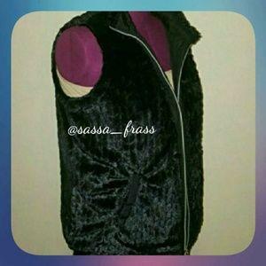 Plus Fur Vest, Size 1X (16-20). NWOT